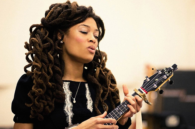 Valerie June (Photo © 2013 Matthew Wignall)